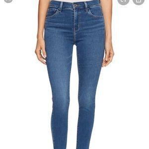 NWT Levi's 720 high rise sculpt super skinny jeans